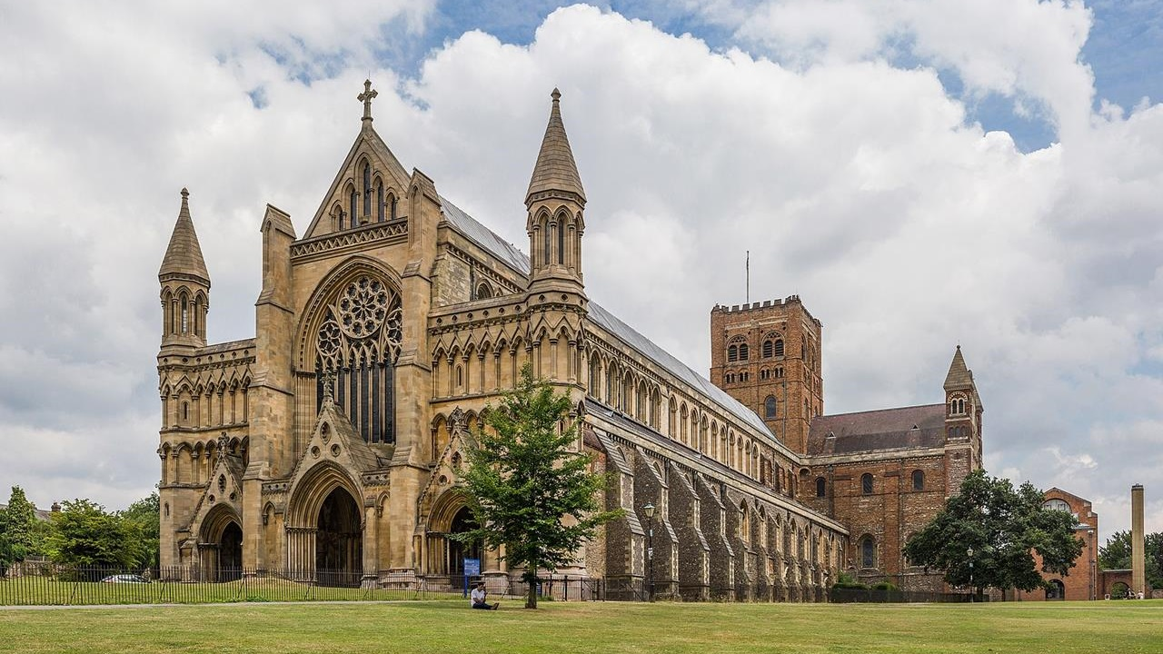 Weekend Services at St. Albans Abbey